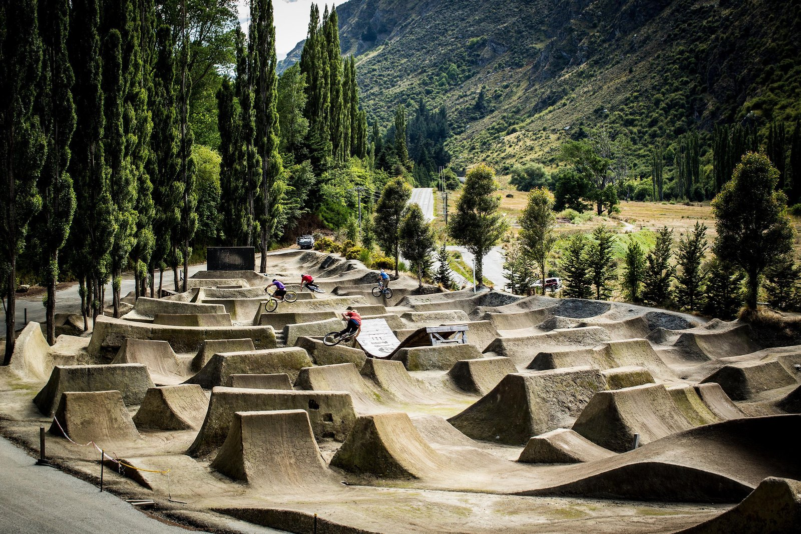 dirt jump trails gorge road bike park queenstown new zealand